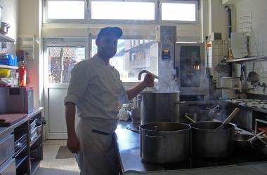 Küche voll in Aktion