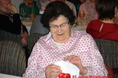 Madelene zum Geburtstag viel Glück